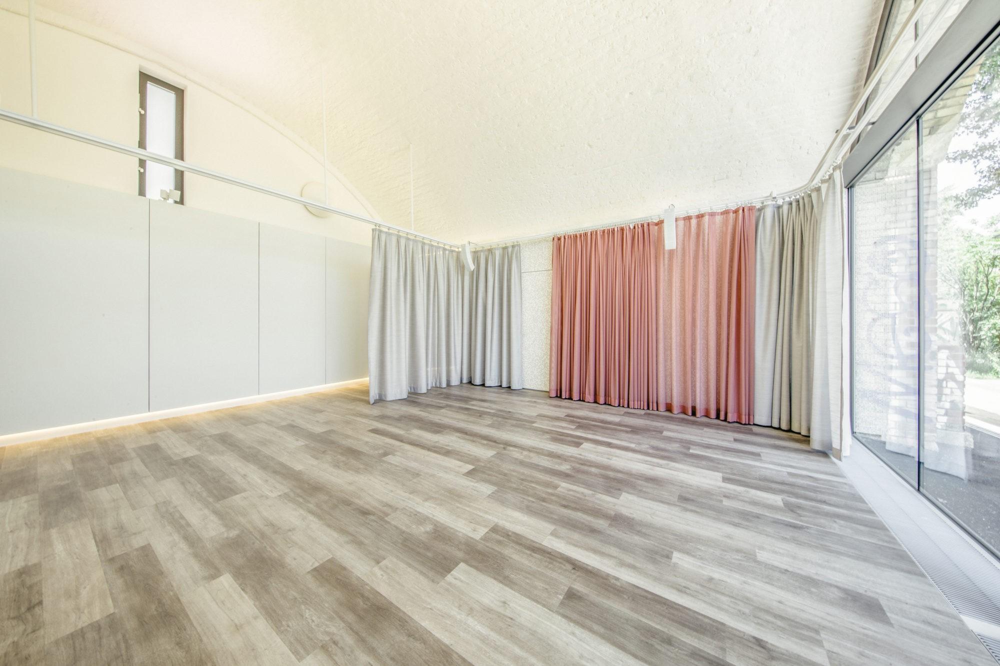 Kleiner Tanzbogen, Studio 2